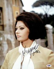 Sophia Loren Signed Authentic Autographed 11x14 Photo PSA/DNA #AA29628