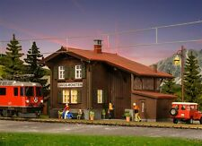 "Kibri H0 39493 Bahnhof ""Davos-Monstein"" inkl. Hausbeleuchtungs-Startset Neu"