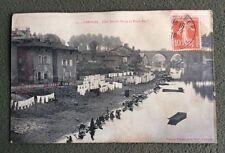 CPA. LIMOGES. 87 - Clos Sainte Marie et Pont Neuf. Lavandières. Lessive. Abimée.