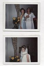 Lot 2 Photos Couleur Polaroïd Déguisement Drôle Soirée Curiosité Vers 1960