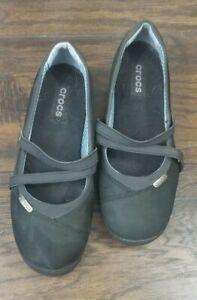 Crocs womens black mary jane with straps sz 6