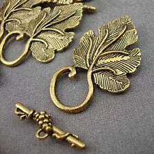 5 Antique Gold Leaf Toggle Clasps Kitsch Vintage