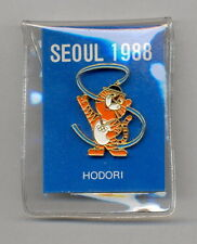 SEOUL 1988. OLYMPIC GAMES. MASCOT HODORI, PIN. IN GOOD CONDITION. SEE SCAN.