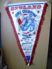 Speedway Pennants- 1980-81 ENGLAND TRIPLE CHAMPIONS FINAL- Michael Lee (42x25cm)