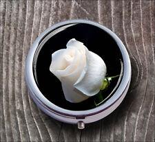 FLOWER WHITE ROSE PILL BOX ROUND METAL - c3rt5