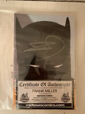 [IN HAND] BATMAN: THE DARK KNIGHT RETURNS HAND-SIGNED  BY FRANK MILLER