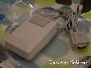 NEW Apple Mouse IIe Vintage Desktop Mouse Macintosh M0100 A2M4035 A2M2070