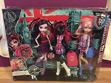 Monster High Ghoulebrities in Londoom Fashion Doll 3 Pack Brand New