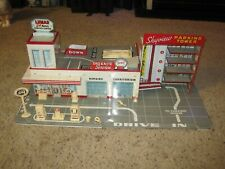 Marx Tin Lumar Service Station Play set #3490 with accessories