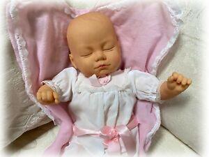 "Vintage 1991 Citi Toy 17"" Vinyl & Cloth Newborn Baby Girl Doll Closed Sleep Eyes"