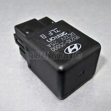 696-Hyundai (90-05) 4-Pin Multi-Use Black Relay 95230-25000 HMC OMRON DC12V 25A