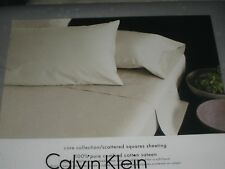 Calvin Klein SCATTERED SQUARES Flat Sheet - Queen - white
