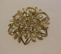 Sarah Coventry  Floral Filigree Pin Brooch Gold-Tone Vintage 1962 Signed