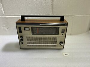 Selena Radio Receiver  Made In USSR Tento  Spare or Repair #39