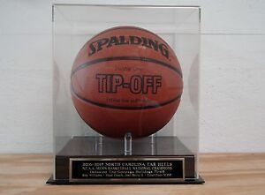 North Carolina Tar Heels Basketball Display Case With A 2016-17 Nameplate