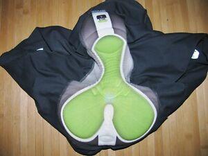 SUGOI Lucky Shorts TRI TRIATHLON Womens LARGE Nylon Spandex S.100 Pad BLACK