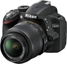 Nikon D3200 SLR-Digitalkamera (24 Megapixel, 7,4 cm (2,9 Zoll) Display, FULL HD