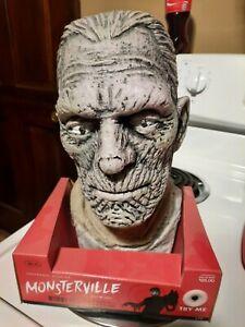 Universal Studios Monsterville Boris Karloff Mummy  Bust Twitching Head