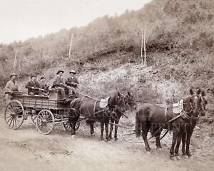 16x20 photo: Wells Fargo Treasure Wagon, guards, gold, Deadwood SD, 1890 Grabill