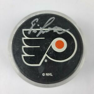 Philadelphia Flyers Autographed Eric Lindros Puck NHL