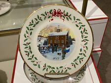 New - 2019 Lenox Annual Holiday Plate - Winter Barn Scene Christmas Tree Mib