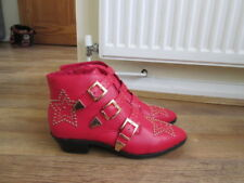 WOMENS RED STUDDED STAR BUCKLE BOOTS UK SIZE 6 EUR 39. GOTH/ SEXY