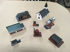 Lot of 9 HO scale Buildings and Structures (Tyco Mantua, Revell, Plasticville)