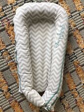 Sleepyhead Deluxe Plus Pod (0-8 months) With Grey Patterned Cover