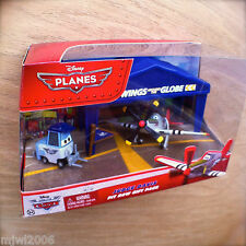 Disney Planes JUDGE DAVIS PIT ROW Gift Pack ROPER PITTY diecast WingsAroundGlobe
