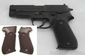 1995 Dated Factory SIG SAUER W. German Gun Grips P220 with Side Magazine Release