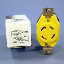 New Leviton Wetguard Twist Locking Receptacle NEMA L15-30R 30A 27CM-20-066 Boxed
