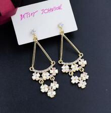 White Flowers Drop Earring Jewelry Betsey Johnson Rare Alloy Rhinestone Crystal