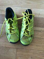 Boys Wilson Tennis sneaker size US2Y, UK1.5, EUR34