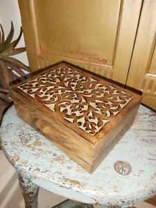 HANDMADE INDIAN MALABAR VINE CARVED MANGO WOOD BOX
