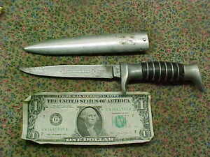 Vintage Solingen Germany Hollow Ground Fixed Blade Hunting Knife metal scabbard