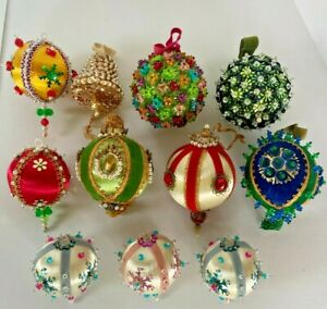 11 Fancy Vintage Christmas Ornaments Beaded Sequin Ribbons Pins Satin  MB11