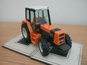 BRITAINS MODELS, RENAULT 145-14 TURBO TRACTOR ,1:32, No.9518, GOOD FROM 1985.