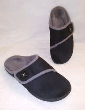 ORTHAHEEL Shawn Orthotic Slipper with Button Detail Black  Sz 9 Women's