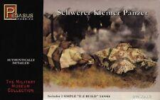 Pegasus 1/72nd Scale WWII Schwerer Kleiner Panzer Tanks Model Kit 7605 NEW