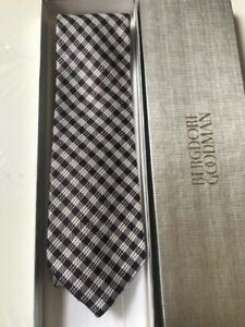 Tom Ford  Wide 3.75 inch Deep Purple Tie 100% Silk  Made in Italy