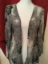 Chico's Woman's Open Front Back & White Stretchy Size 1 Medium 8/10