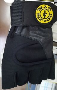 Golds Gym Wrist Wrap Glove Strength Exercise Weight Training Accessories Size  S