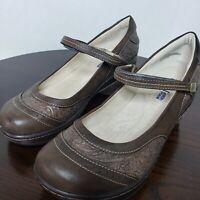 Jambu JBU Melrose Womens Mary Jane Clogs Brown Vegan Embossed Shoes Size 8 M