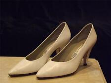 Givenchy White Leather High Heel Pumps Shoe Size 35 1/2 US 5 UK 3~ MINTY-Wedding