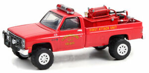 GREENLIGHT LAWRENCEBURG INDIANA FIRE DEPT - 1986 CHEVY C20 CUSTOM DLX [PREORDER]