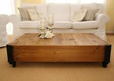 Couchtisch Beistelltisch Nussbaum Holz massiv Shabby Chic Vintage Wohnzimmertisc