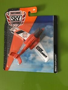 Matchbox SNOW EXPLORER  Orange & White Sky Buster Jet on Snow Skis 2016 NIP