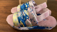 UGG PUFF YEAH FLORAL 1109451 MULTI COLOR, SIZE 8 WOMAN'S SLIDES/ SLINGBACK, NEW