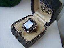 GORGEOUS VINTAGE STERLING SILVER HEMATITE & MARCASITE RING SIZE J UNUSUAL RARE