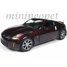AUTOWORLD AW240 2003 NISSAN 350Z 1/18 DIECAST MODEL CAR BRICKYARD RED METALLIC